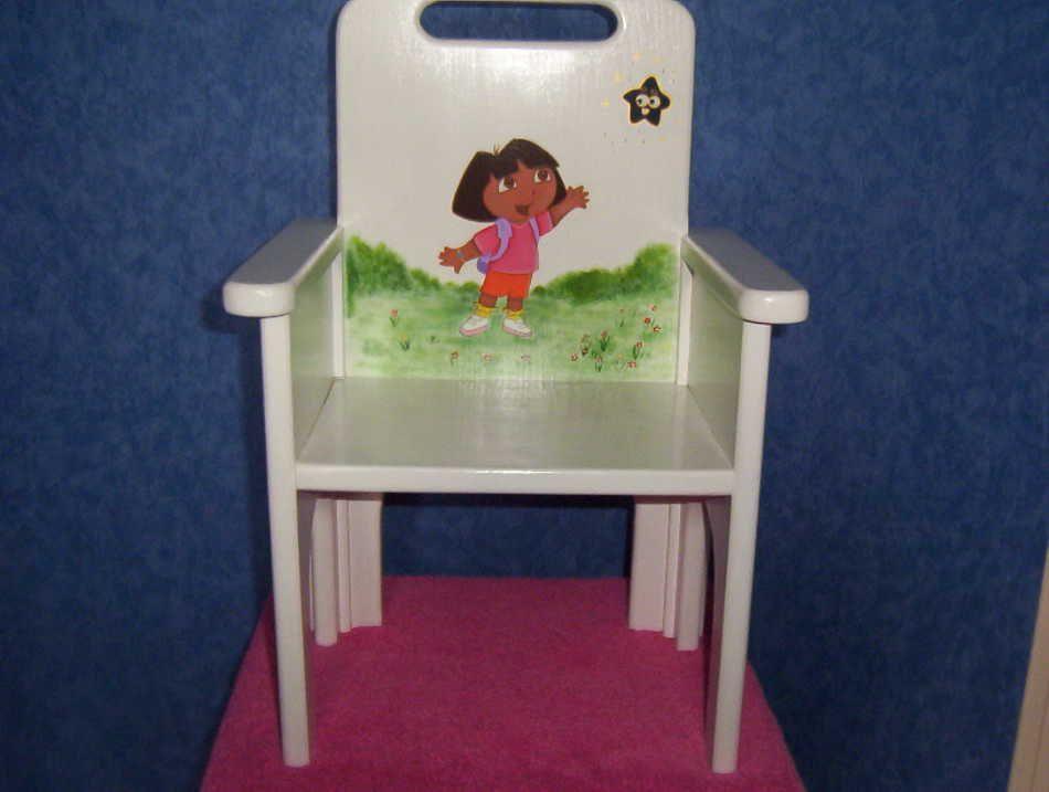 Chaise enfant dora for Table et chaise petite fille